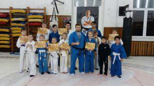 Вручение поясов бойцам детской группы
